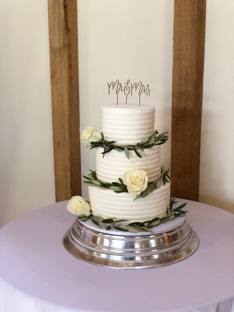 Leaves and Roses Buttercream