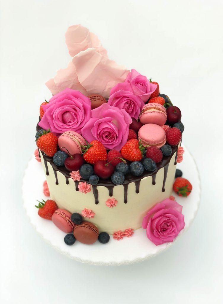 Fruit & Flowers Drip Cake