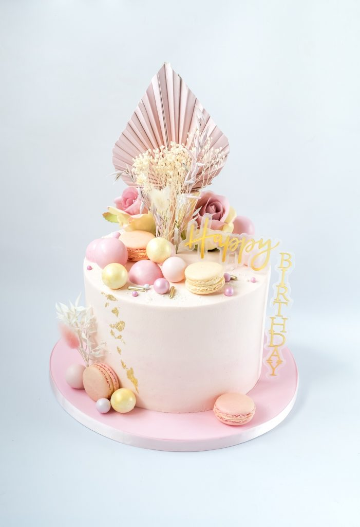 Dried Flowers Cake